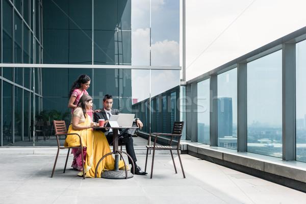 Stock fotó: Három · indiai · üzletemberek · beszél · törik · munka