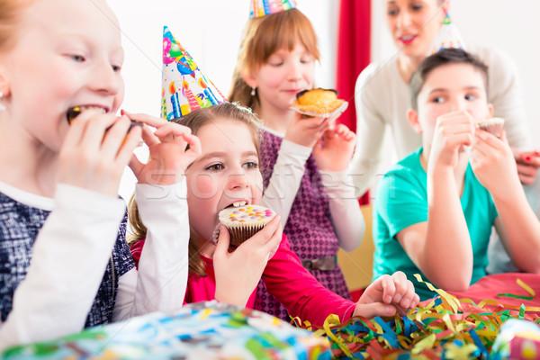 детей празднование дня рождения торт дети Сток-фото © Kzenon