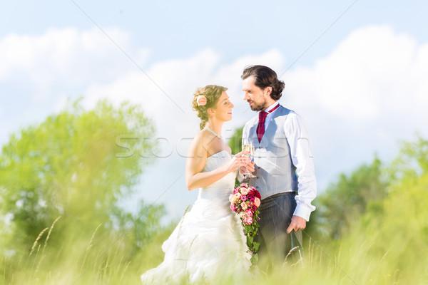 ストックフォト: ブライダル · ペア · を祝う · 結婚式 · 日 · シャンパン