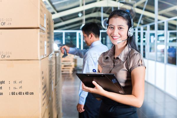 Stock fotó: ügyfélszolgálat · ázsiai · export · raktár · fiatal · nő
