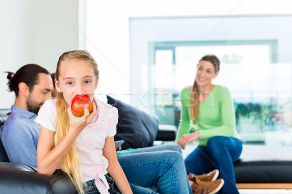 Familie eten vers vruchten gezond leven kinderen Stockfoto © Kzenon