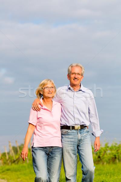 Lata spaceru strony człowiek kobieta Zdjęcia stock © Kzenon