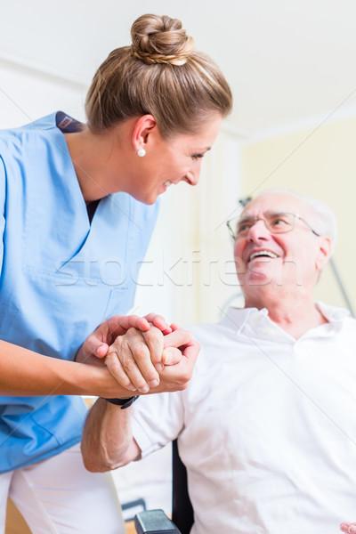 Foto stock: Enfermeira · mão · senior · homem · casa