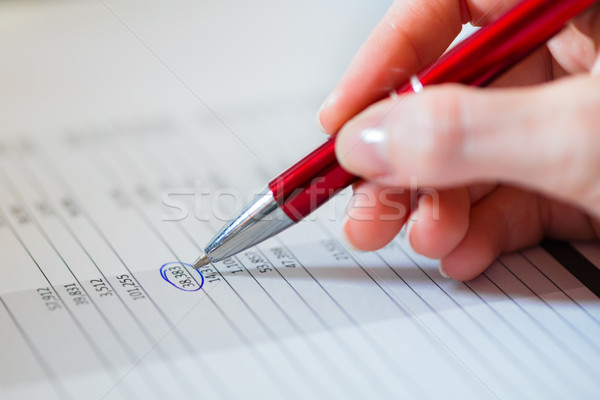 Mujer de negocios de trabajo negocios plan trabajo datos Foto stock © Kzenon