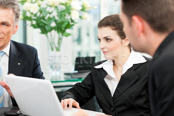 Foto stock: Gente · de · negocios · equipo · reunión · oficina · negocios · jefe