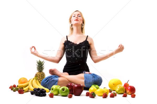 Gyümölcsös meditáció étel gyümölcs egészséges táplálkozás Stock fotó © Kzenon