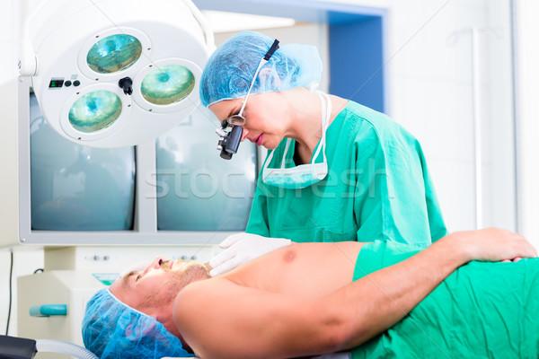 Ortopéd sebész beteg orvos műtét kórház Stock fotó © Kzenon