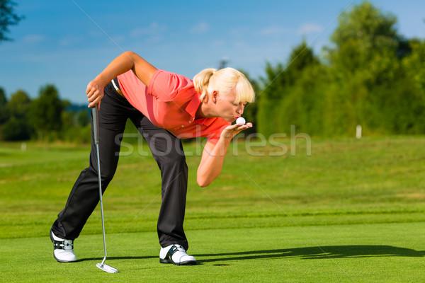 Jovem feminino jogador de golfe casal jogar golfe Foto stock © Kzenon