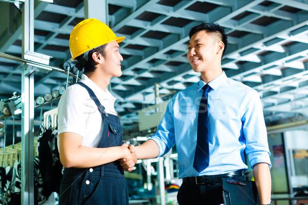 Travailleur production gestionnaire ouvrier d'usine propriétaire ceo Photo stock © Kzenon
