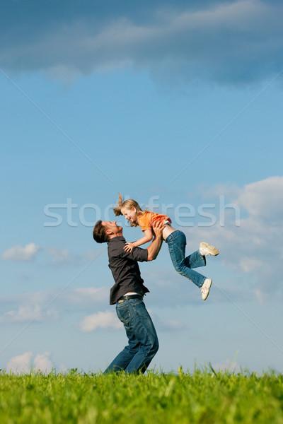 Rodziny ojciec córka dziecko gry Zdjęcia stock © Kzenon