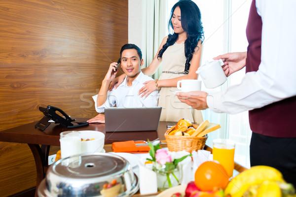 Сток-фото: азиатских · официант · завтрак · номер · в · отеле
