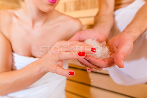 Casal sessão bem-estar estância termal sauna relaxante Foto stock © Kzenon