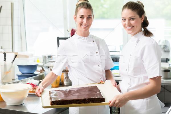 ペストリー パイ ケーキ ベーカリー 女性 ストックフォト © Kzenon