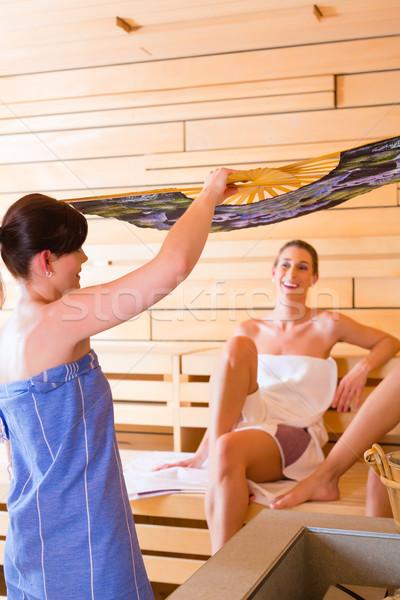 Sauna air femmes perfusion spa chaud Photo stock © Kzenon