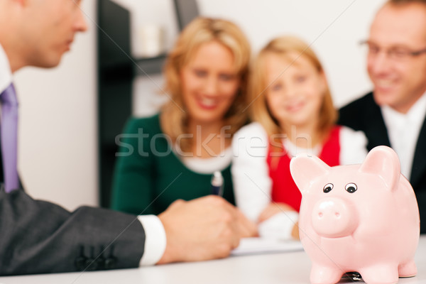 Familia especialista financiar seguro dinero Foto stock © Kzenon