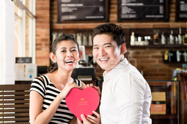 азиатских пару дата кофейня красный сердце Сток-фото © Kzenon