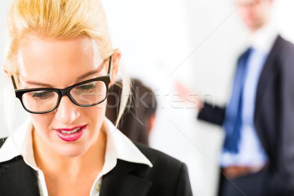 Działalności zespołu spotkanie warsztaty biuro Zdjęcia stock © Kzenon