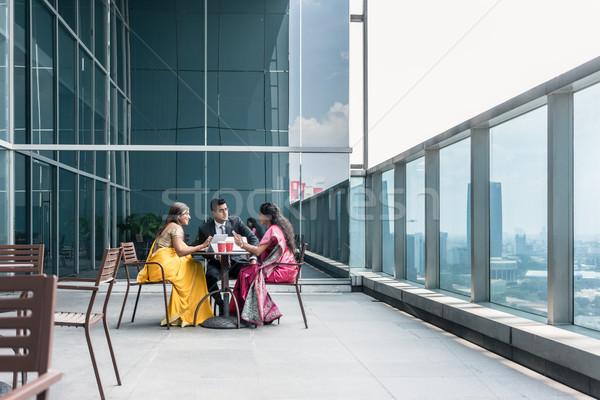 три индийской деловые люди говорить перерыва работу Сток-фото © Kzenon