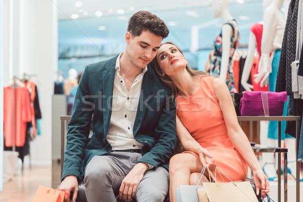Kadın erkekler yorgun alışveriş moda Stok fotoğraf © Kzenon
