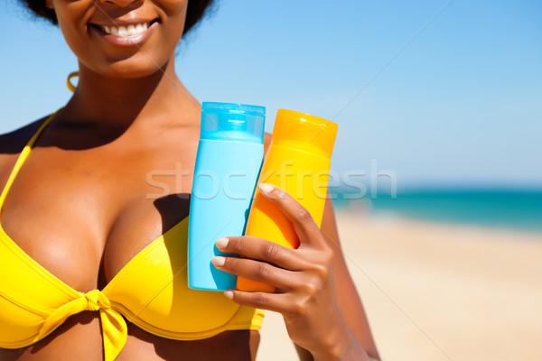 Mulher praia amarelo biquíni oferta ordem Foto stock © Kzenon