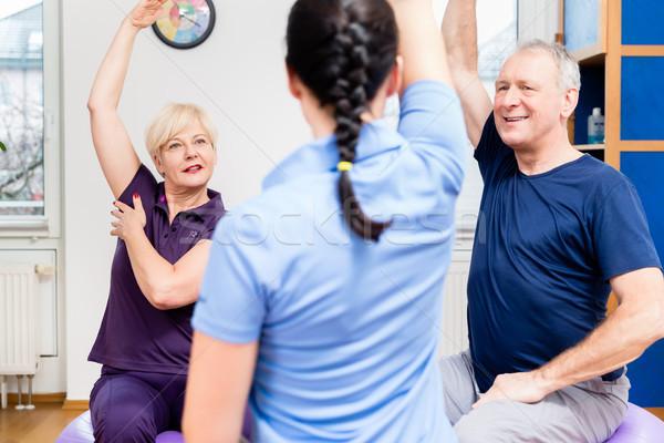 Ouderen paar fysiotherapie Stockfoto © Kzenon