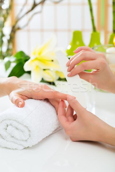Nő manikűrös manikűr kezek nők szépség Stock fotó © Kzenon