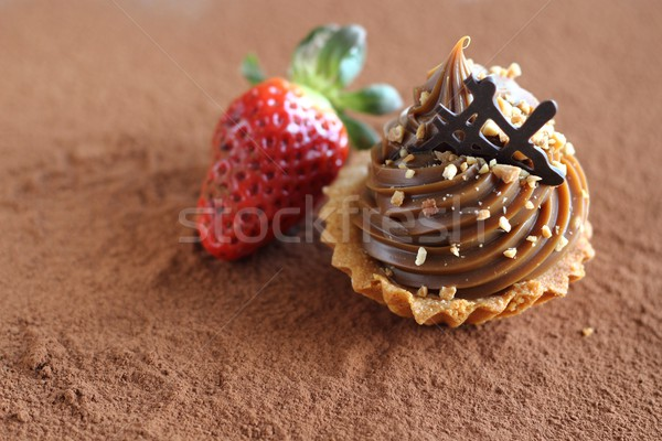 caramel cupcake with strawberry Stock photo © laciatek