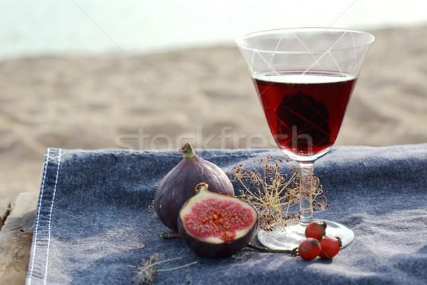 Wijn picknick stijl liefde gras landschap Stockfoto © laciatek