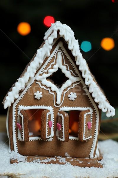 Peperkoek huis sneeuw achtergrond venster cake Stockfoto © laciatek