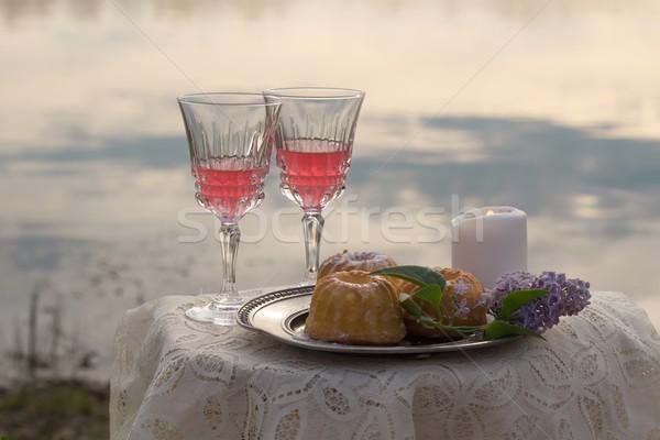 Twee roze wijn kaars tabel Stockfoto © laciatek