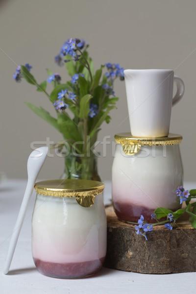 Morango iogurte flores comida vermelho café da manhã Foto stock © laciatek