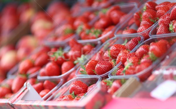 Fragole estate rosso mercato fresche sani Foto d'archivio © Laks