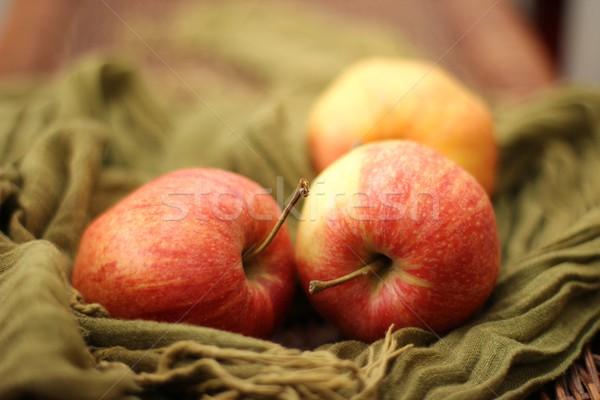 Mele mela frutta sani tre Foto d'archivio © Laks