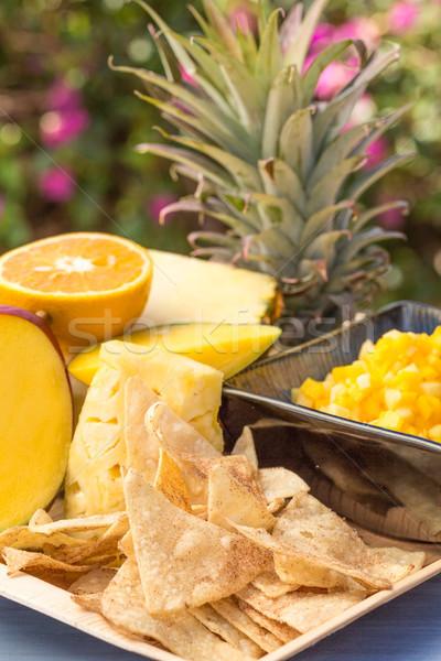 Tropische vruchten salsa zoete snack ananas mango Stockfoto © LAMeeks