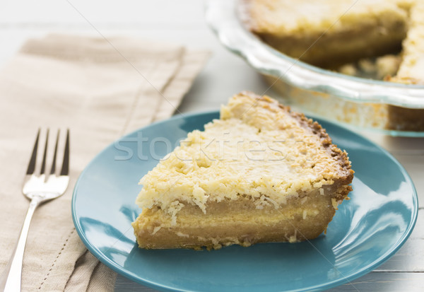 Kokosnoot vla taart dessert rijke Geel Stockfoto © LAMeeks