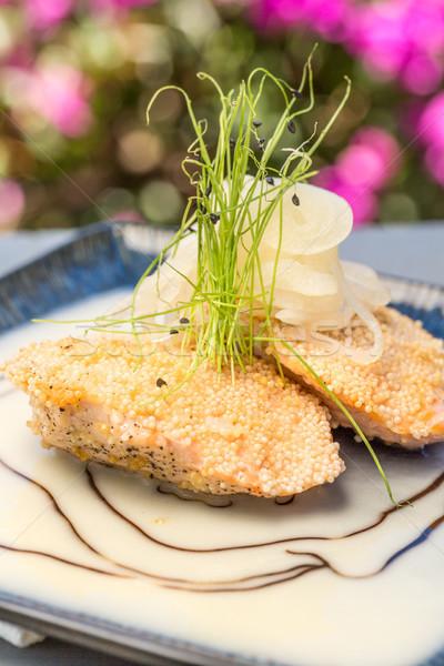 Zalm twee geserveerd saus voedsel vis Stockfoto © LAMeeks