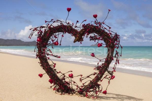 Liefde strand Open hart hout Rood Stockfoto © LAMeeks