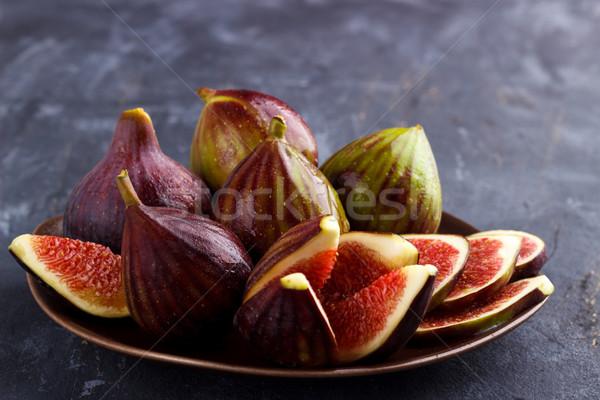 Dojrzały organiczny ciemne rustykalny owoców tle Zdjęcia stock © Lana_M