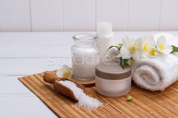 Fürdő egészségügy aromás kövek törölközők fa deszka Stock fotó © Lana_M