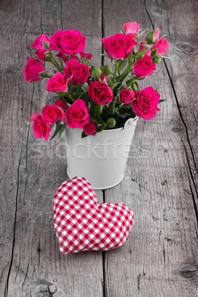 Emmer rozen witte hart houten hout Stockfoto © Lana_M