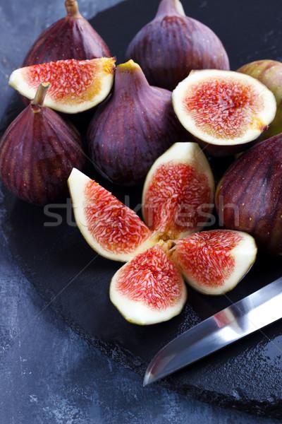 érett vágódeszka kő vág gyümölcs háttér Stock fotó © Lana_M