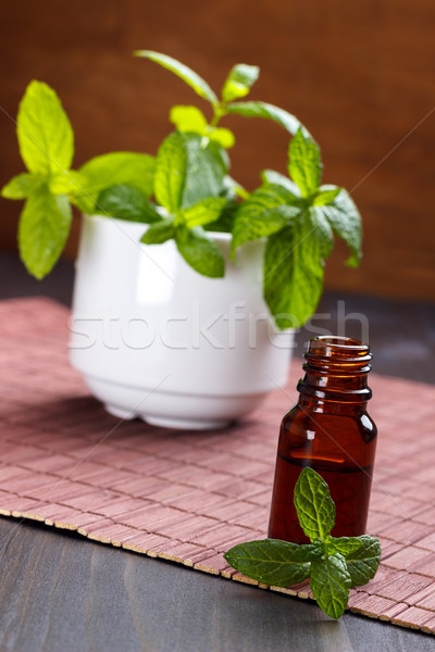 De pequeno garrafa aromaterapia Foto stock © Lana_M