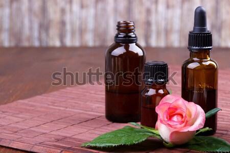 Zdjęcia stock: Wzrosła · butelek · brązowy · wody