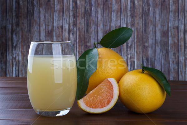 Foto stock: Pomelo · jugo · mesa · de · madera · frescos · frutas
