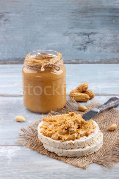 Arroz bolos manteiga de amendoim café da manhã velho Foto stock © Lana_M