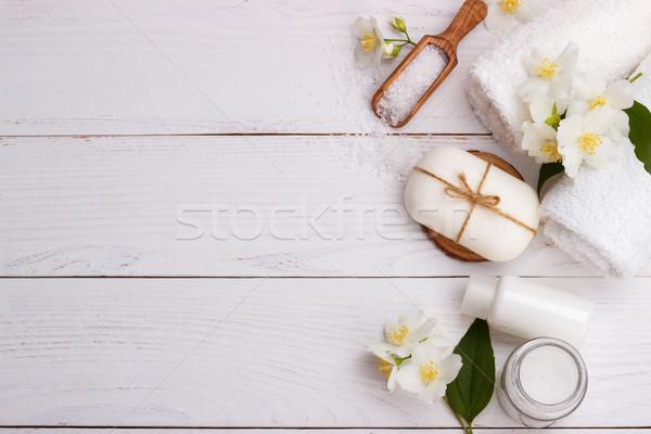 Stock fotó: Fürdő · egészségügy · aromás · kövek · törölközők · fa · deszka