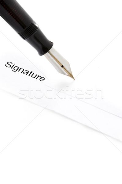Podpisania podpis wieczne pióro gotowy podpisania papieru Zdjęcia stock © leeavison