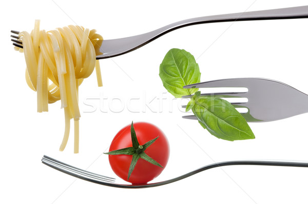 Spagetti bazsalikom paradicsom izolált gyümölcs piros Stock fotó © leeavison