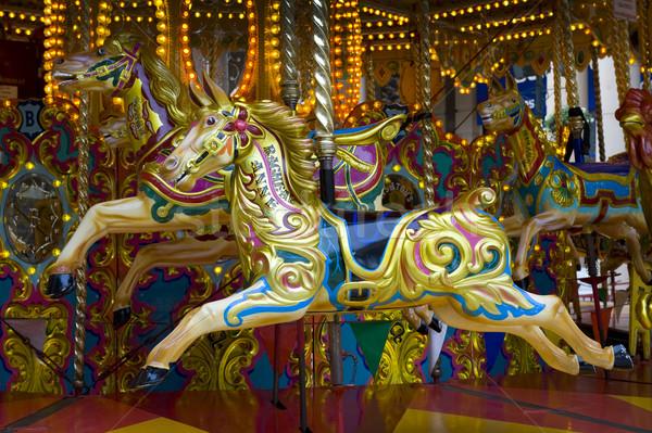 Carrousel paard traditioneel straat vintage eerlijke Stockfoto © leeavison