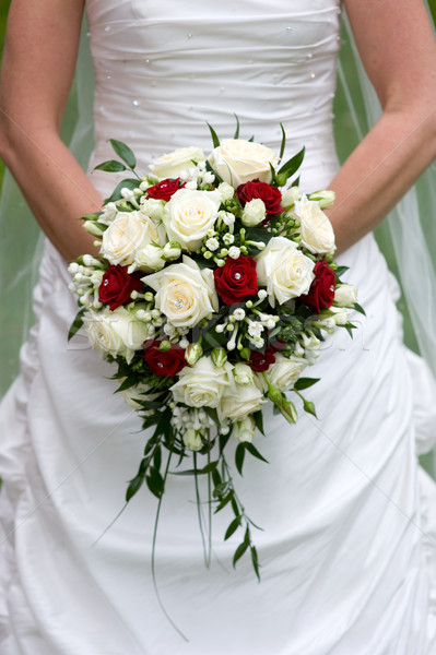 Gelin çiçekler buket düğün gün Stok fotoğraf © leeavison
